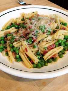 Pasta with Peas & Prosciutto